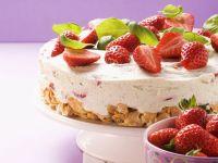 Frischkäsetorte mit Erdbeeren Rezept