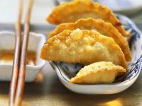 Frittierte Wan Tan mit Kartoffelfüllung Rezept