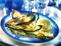 Frittierte Zucchini und Auberginenhobel mit Kartoffelbrei Rezept