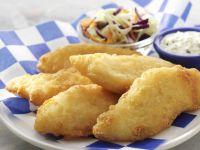 Frittierter Fisch mit Tatarensoße und Krautsalat Rezept