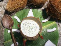 Fruchtige Kokossuppe