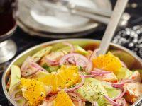 Fruchtiger Hähnchensalat mit Avocado Rezept