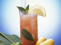 Fruchtiger Rum-Cocktail Rezept