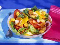 Fruchtiger Salat mit Garnelen Rezept