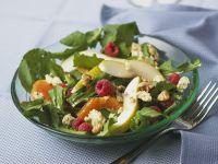 Fruchtiger Salat mit Roquefort Rezept
