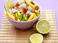 Fruchtiger Salat mit Seelachs Rezept