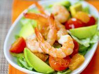 Fruchtiger Salat mit Shrimps und Avocado Rezept