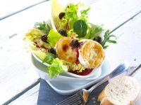 Fruchtiger Salat mit Ziegenkäse Rezept