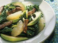 Fruchtiger Spinatsalat mit Avocado und Lamm Rezept