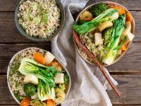 Fruchtiges Gemüse-Tofu-Curry mit Limettenreis Rezept