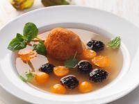 Fruchtsuppe mit Quarkbällchen Rezept