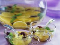Früchte-Bowle