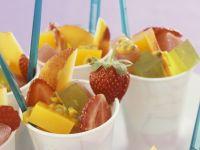 Früchtesalat mit Geleewürfeln Rezept