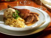 Gänsebraten mit Quitten und Brezenknödel zu Kirchweih Rezept