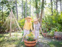 Gärtnern mit Kindern: So macht gesunde Ernährung Spaß!