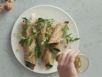 Galette mit Buchweizen, Spinat und Gorgonzola zubereiten