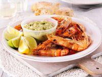 Garnelen vom Grill mit Avocadodip Rezept