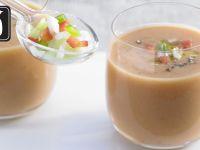Gazpacho mit Weißbrot für den Thermomix® Rezept