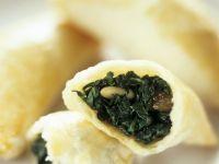 Gebackene Spinat-Blätterteigtaschen Rezept