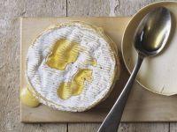 Gebackener Camembert mit Honig Rezept