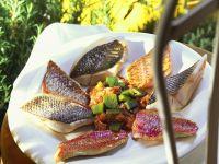 Gebratene Fuschfilets mit Gemüse Rezept