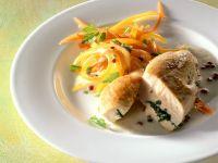 Gebratene Hähnchenbrust mit Gemüse Rezept