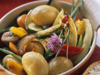 Gebratene Kartoffeln mit Gemüse Rezept