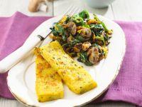 Gebratene Polentascheiben mit Pilz-Spinat Rezept