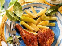 Gebratenen Hähnchenschenkel mit Süßkartoffeln und Dip Rezept