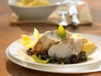 Gebratener Anglerfisch mit Olivensoße Rezept