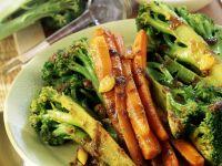 Gebratener Brokkoli mit Parmesan-Sahne-Creme Rezept