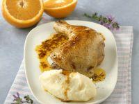 Gebratener Hähnchenschlegel mit Orangensoße und Püree Rezept