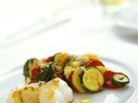 Gebratener Seeteufel mit Gemüse Rezept