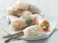 Gefüllte Reispapier-Röllchen Rezept