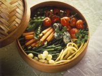 Gedämpftes Gemüse mit Käseklößchen Rezept