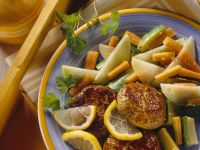 Geflügel-Frikadellen mit Gemüse Rezept