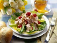 Geflügelsalat mit Früchten Rezept