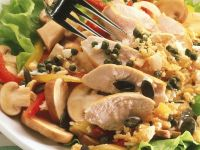 Geflügelsalat mit Kürbiskernen und Kräutervinaigrette Rezept