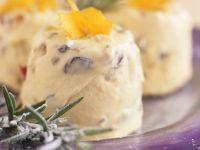 Gefrorener Joghurt mit Rosmarin und kandierten Früchten Rezept