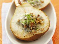 Gefüllte Birnen mit Blauschimmelkäse und Walnüssen überbacken Rezept