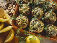 Gefüllte, gebackene Pilze