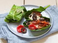 Gefüllte Kohlrabiblätter mit Feta und Tomaten Rezept