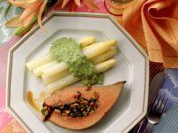 Gefüllte Kräuter-Kalbsleber mit Spargel und Brokkolipüree Rezept