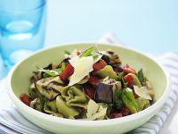 Gefüllte Nudeln mit Gemüse und Parmesan Rezept