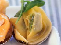 Gefüllte Nudeln mit Spinat Rezept
