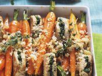 Gefüllte Schweinemedallions mit Karotten und Parmesan überkrustet Rezept