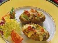 Gefüllte, überbackene Kartoffeln