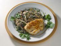 Gefülltea Putenschnitzel mit Pilzen