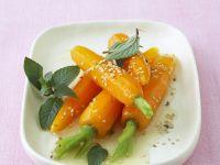 Gegarte Möhren mit Honigdressing Rezept