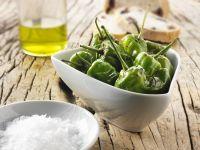 Gegrillte grüne Paprikaschoten Rezept